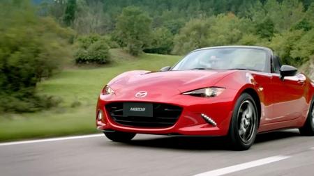 """""""Mazda MX-5"""" išrinktas geriausiu pasaulyje"""