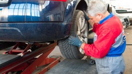 """BTA: penki patarimai kaip """"pataisyti"""" automobilio sveikatą po žiemos"""