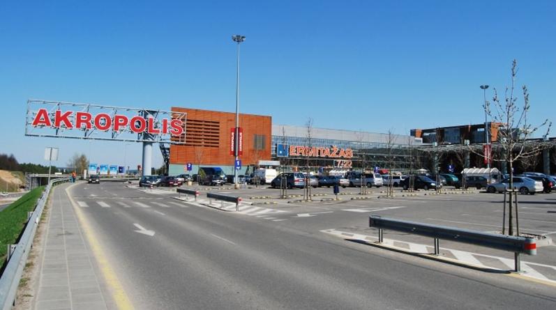 Avaringiausios Lietuvos miestų vietos – prekybos centrų prieigos
