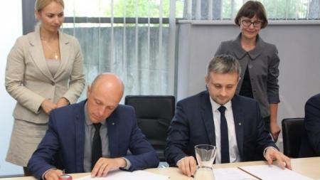 Kelių direkcija pasirašė bendradarbiavimo sutartį su Specialiųjų tyrimų tarnyba