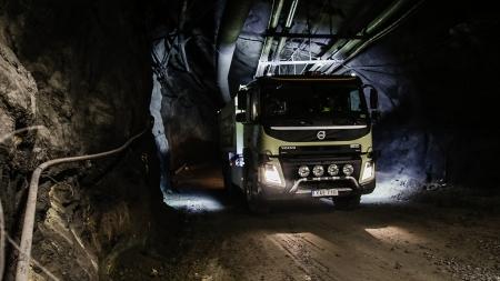 "Autonomiški""Volvo FMX""bandomi Bolideno šachtose"