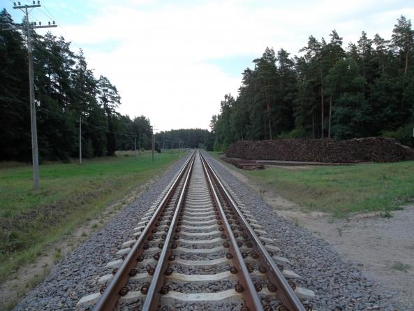 """Baltijos šalių aukščiausiųjų audito institucijų vadovai pasirašė susitarimo memorandumą dėl projekto """"Rail Baltica"""" stebėsenos"""